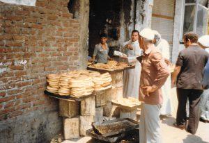cairo_bread-stall